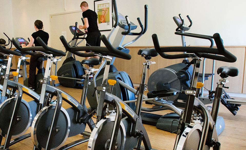 salle de sport fitness et spa jou l s tours 37. Black Bedroom Furniture Sets. Home Design Ideas